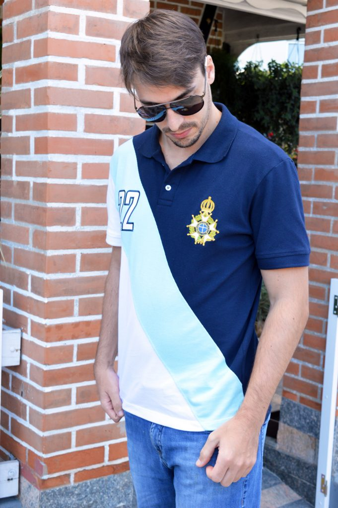 edbe3fcea6 Vestir uma camisa na qual o símbolo foi ostentado com orgulho por grandes  patriotas como Marques de Tamandaré